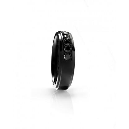 Кольцо из стали с рядом фианитов полукругом и черным pvd
