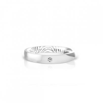 Кольцо из стали с фианитом и отпечатком пальца