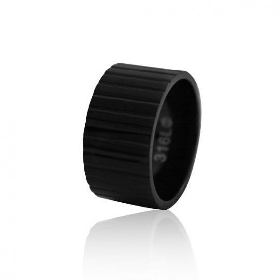 Кольцо женское ребристое широкое, сталь, черное pvd