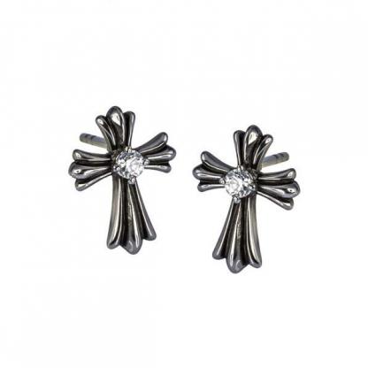 Серьги-гвоздики из стали в виде крестов с фианитами