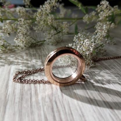 Кулон-медальон из стали  с розовым золотом