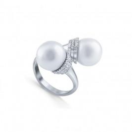 Кольцо из серебра 925 внахлест с майорикой и фианитами