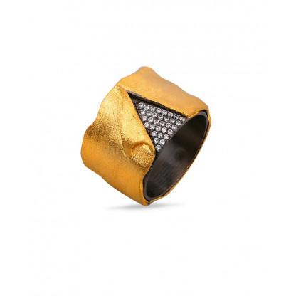Кольцо из серебра 925 с прозрачными фианитами и позолотой 585