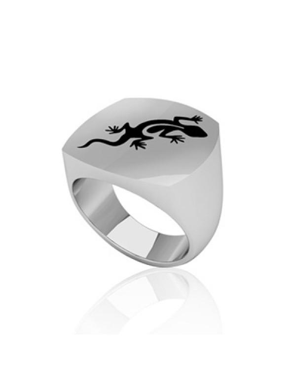 Кольцо стальное с изображением ящерицы и матовой поверхностью