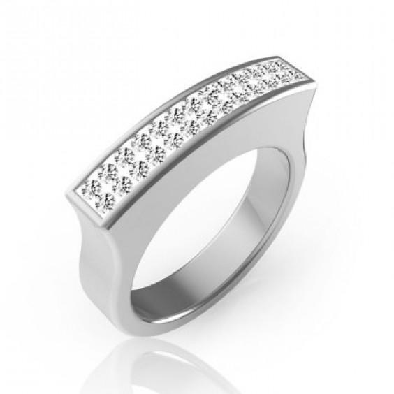 Кольцо стальное необычной формы с прозрачными фианитами