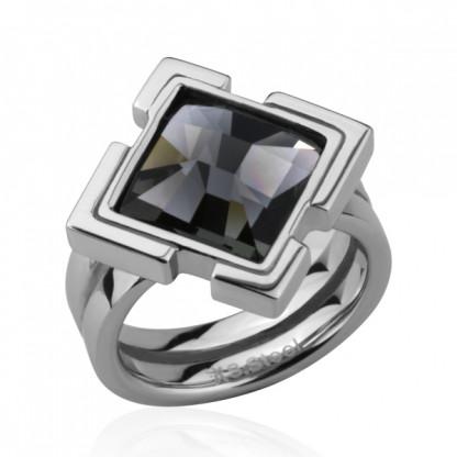 Кольцо стальное с кристаллом swarovski