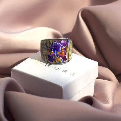 """Кольцо из перламутра """"Ирис"""""""