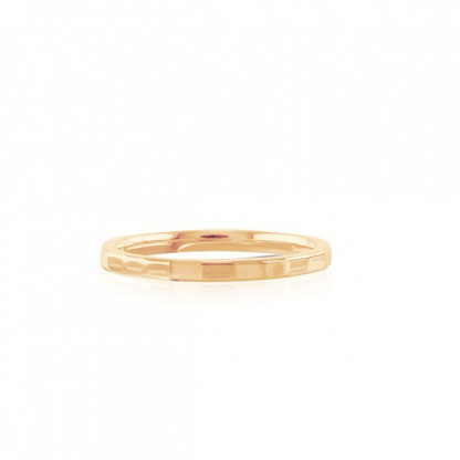 Кольцо стальное с золотым PVD-напылением и ребристой поверхностью в ассортименте