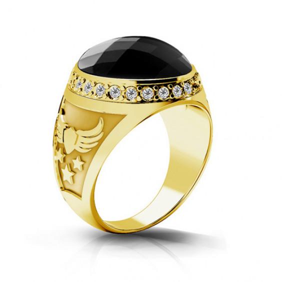Перстень стальной с золотым PVD напылением, с крупным чёрным фианитом и ореолом из фианитов белого ц